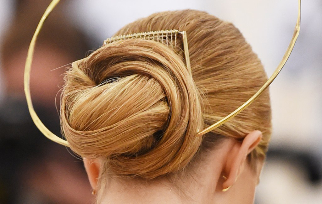 womens_hair_salon_etobicoke_sherway_gardens_womens_hair_salon_met_gala_c